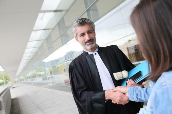 Sie suchen einen Grenzgänger Rechtsanwalt?