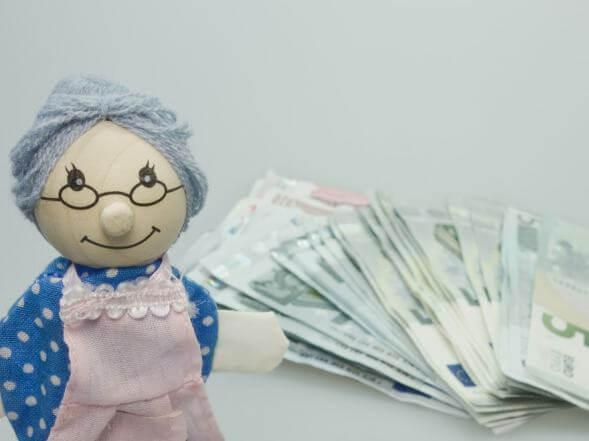 Als Grenzgänger Steuern sparen dank der Basis-Rente